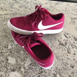 Nike Sneakers - Women's Size 7.5